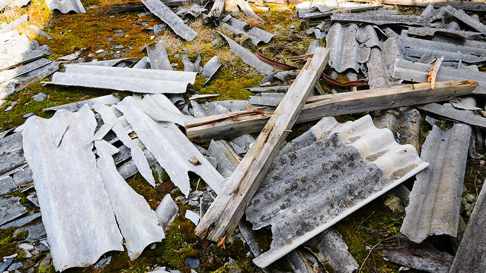 Baustelle musste wg. Asbest gesperrt werden!