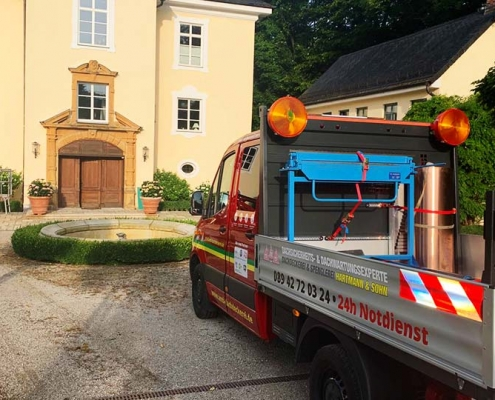 Dachdecker München Arbeitsbühneneinsatz